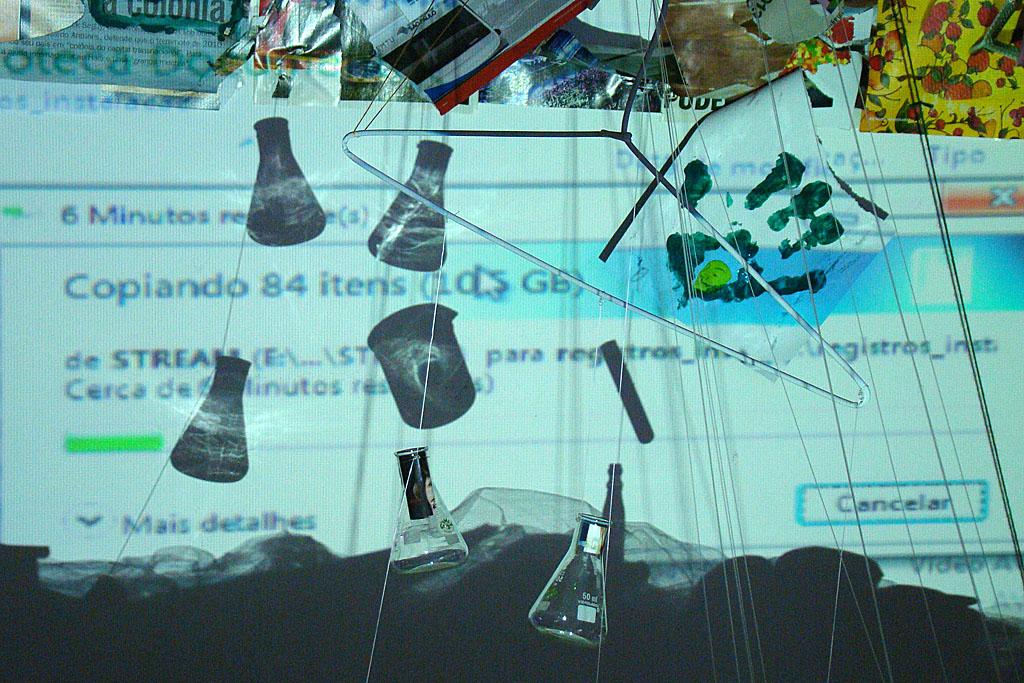 Imagem produzida durante o laboratório-ateliê: Experimentando (em) redes
