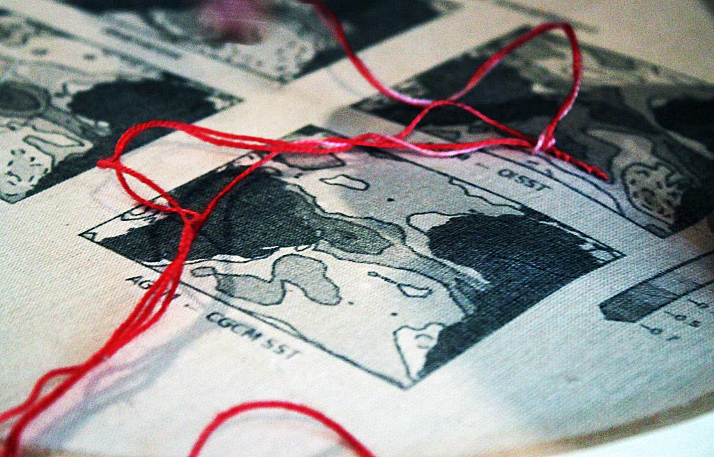 """Oficina do grupo multiTÃO (Labjor-Unicamp) realizada com o grupo de bordadeiras """"Entrefios Memórias"""" do Casarão do Barão, em Campinas - SP - Veja o ensaio completo na seção de arte"""
