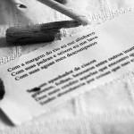 Rio Tietê: poesia do descuido, de Waldirene de Jesus e Antônio Almeida da Silva, 2015. A instalação urbana fez parte da exposição Aparições realizada no MIS-Campinas em maio de 2015. Veja esta notícia também no link: http://climacom.mudancasclimaticas.net.br/?p=1900